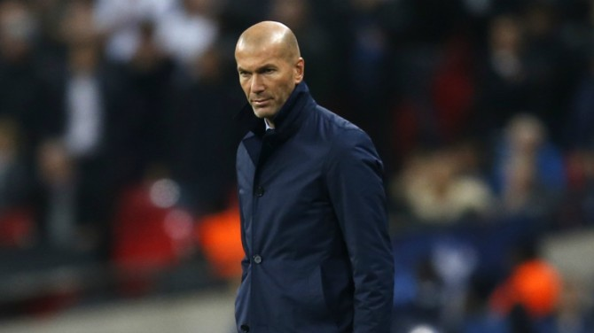 zidane-en-el-tottenham-vs-real-madrid.-afp